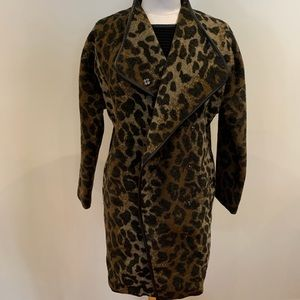Women cheetah coat with leather trim